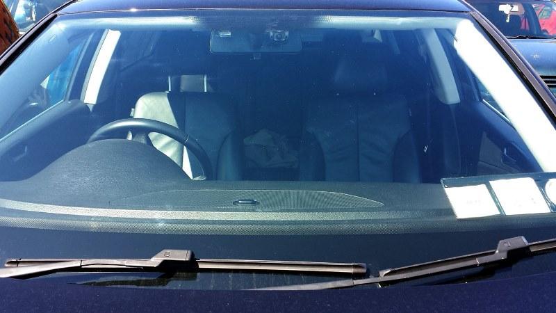 B40 Mounted IN Car (1)